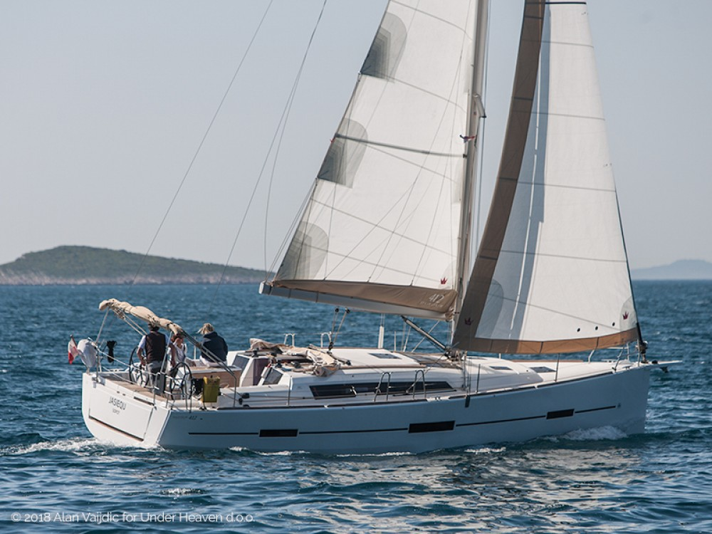 Dufour Dufour 412 Grand Large between personal and professional Primošten