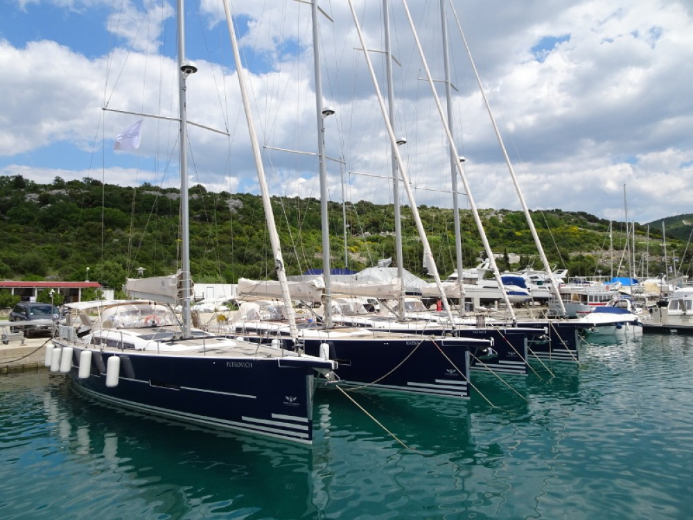 Rental Sailboat in Primošten - Dufour Dufour 56 Exclusive