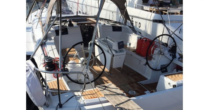 Hire Sailboat with or without skipper Jeanneau Salivoli