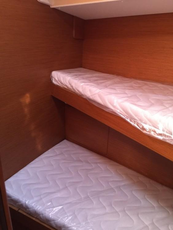 Rental yacht  - Jeanneau Sun Odyssey 449 on SamBoat