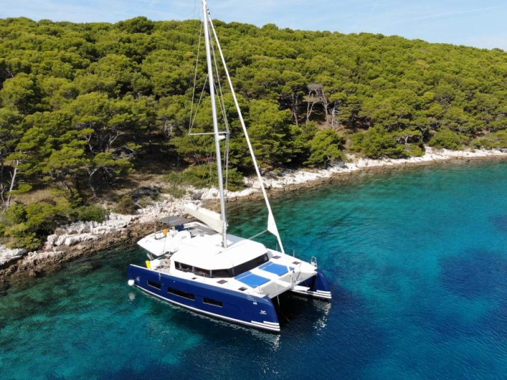 Boat rental Dufour Dufour 48 Catamaran in Primošten on Samboat