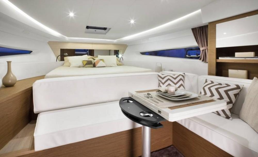 Boat rental Pula cheap Leader 36