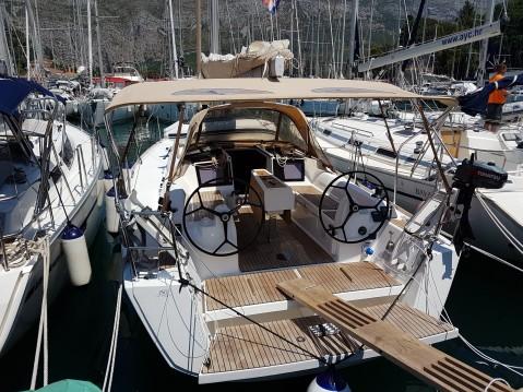 Boat rental Dubrovnik cheap Dufour 350 Grand Large