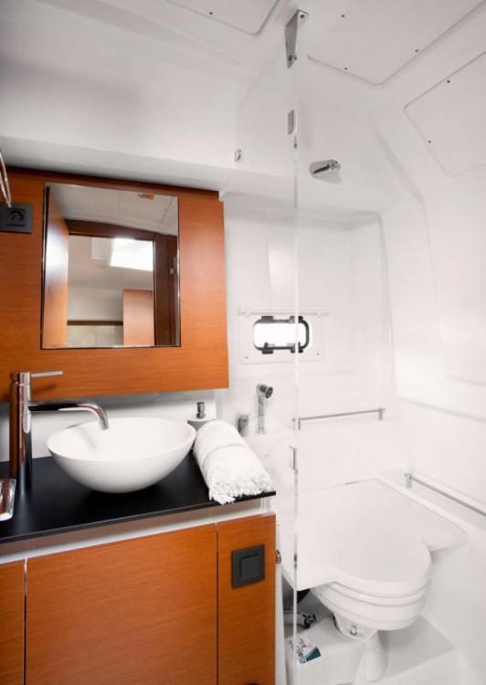 Rental yacht Pula - Jeanneau Leader 36 on SamBoat