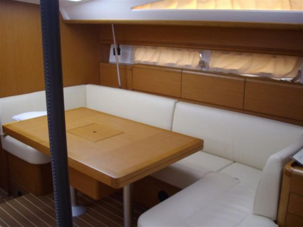 Rental yacht Kaštel Gomilica - Jeanneau Jeanneau 53 on SamBoat