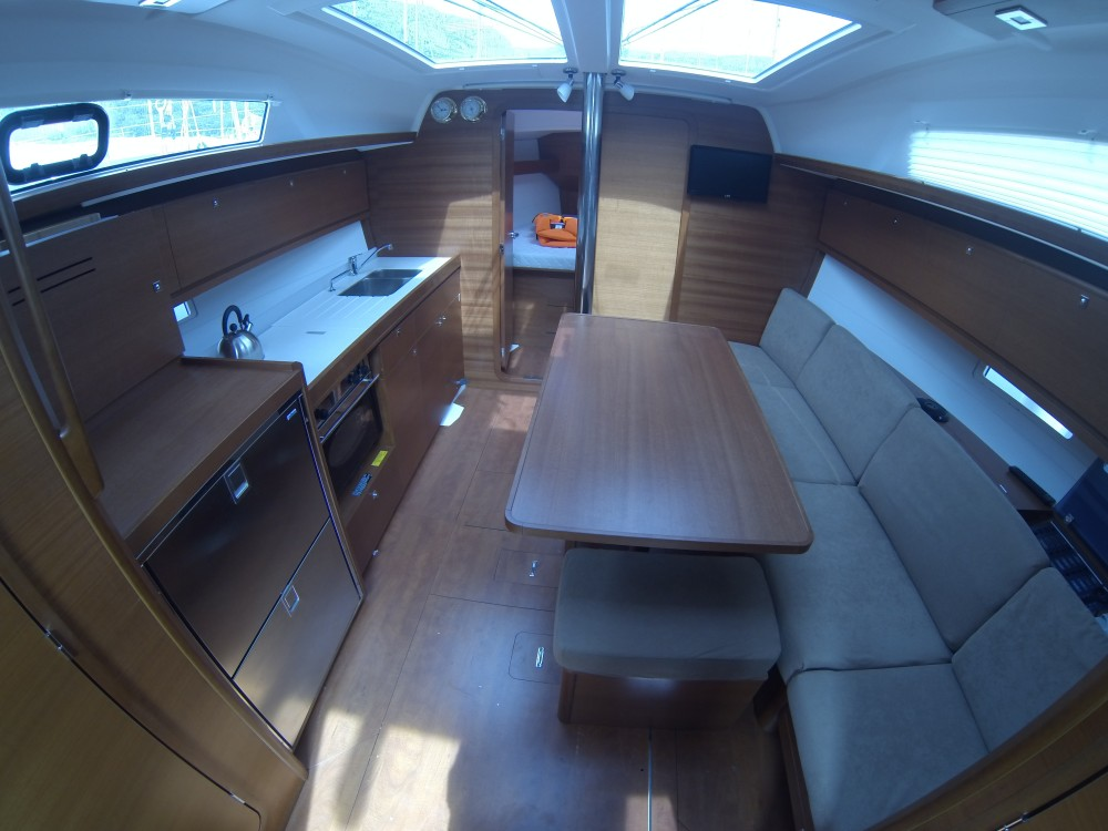 Rental yacht Dubrovnik - Dufour Dufour 382 Grand Large on SamBoat
