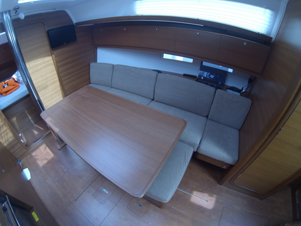 Boat rental Dufour Dufour 382 Grand Large in  on Samboat