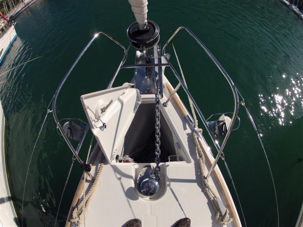 Boat rental Jeanneau Jeanneau 53 in Komolac on Samboat