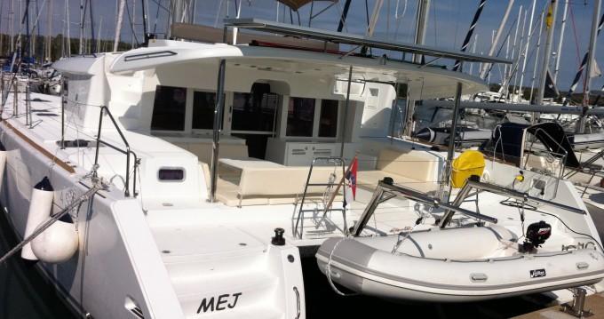 Boat rental Lagoon Lagoon 450 in Veruda on Samboat