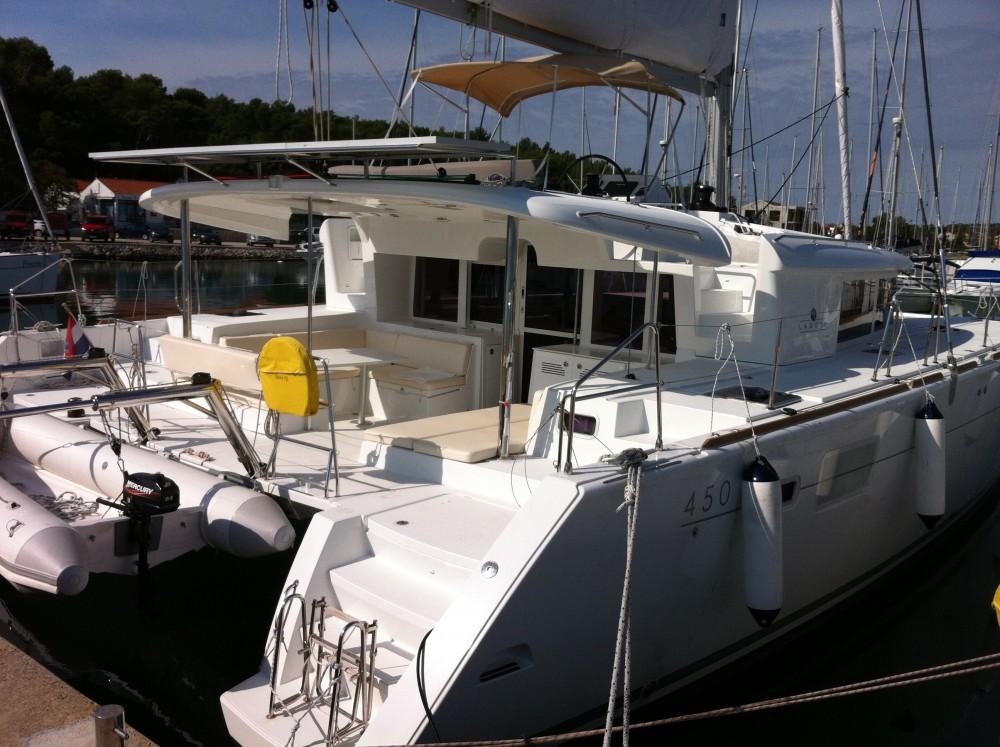 Boat rental Pula cheap Lagoon 450