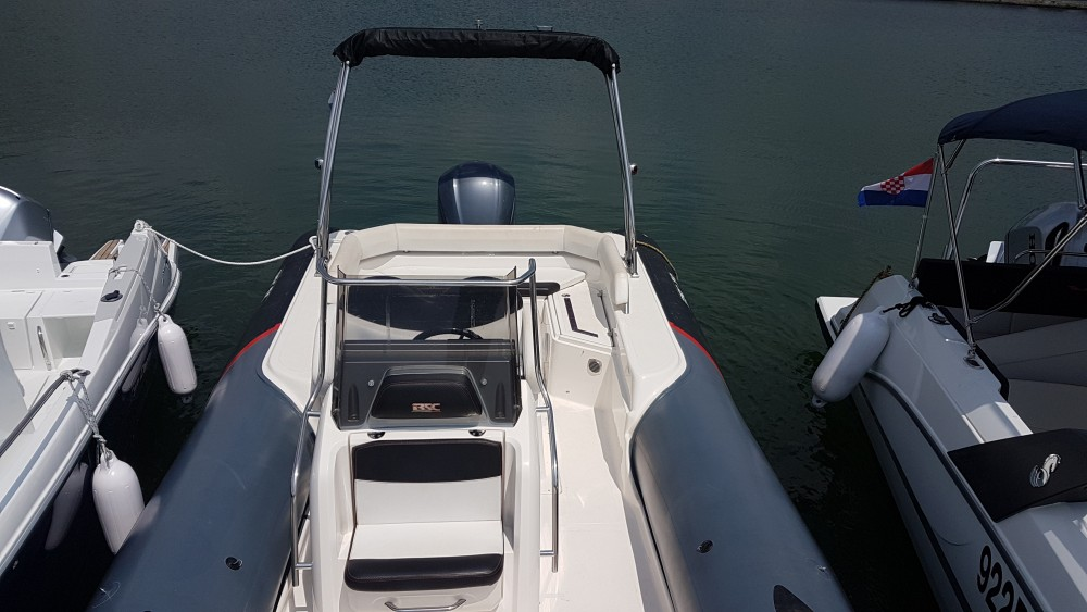 Rental Motorboat Bsc with a permit