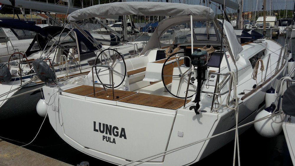 Rental Sailboat in  - Dufour Dufour 460 Grand Large