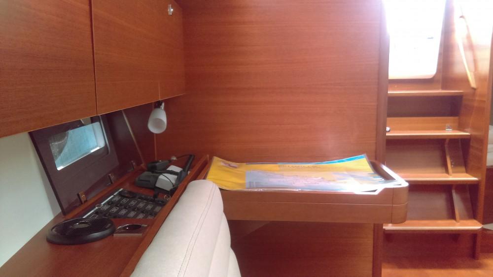 Rental yacht Kaštel Gomilica - Dufour Dufour 350 Grand Large on SamBoat