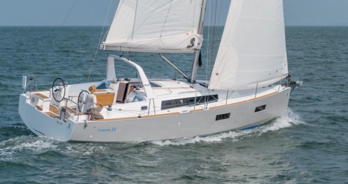 Rental Sailboat in Veruda - Bénéteau Oceanis 38.1