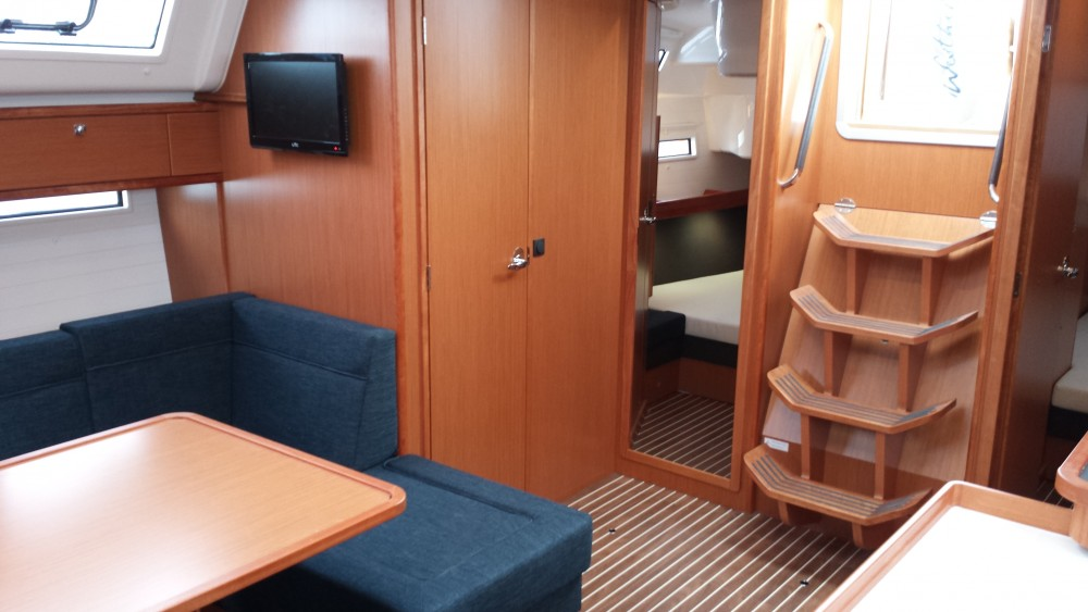 Rental yacht Kaštel Gomilica - Bavaria Bavaria Cruiser51 on SamBoat