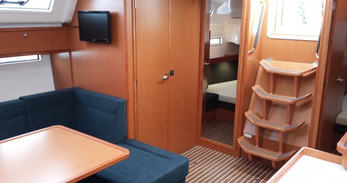 Boat rental Kaštel Gomilica cheap Bavaria Cruiser51