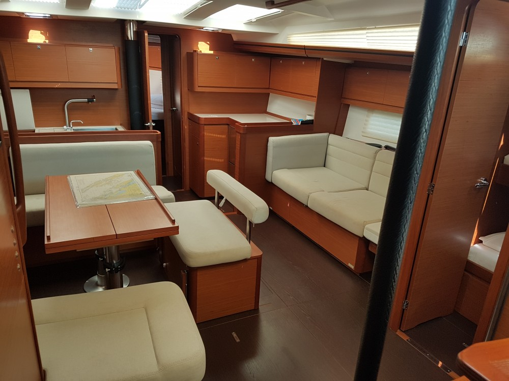 Dufour Dufour 512 Grand Large between personal and professional Pula