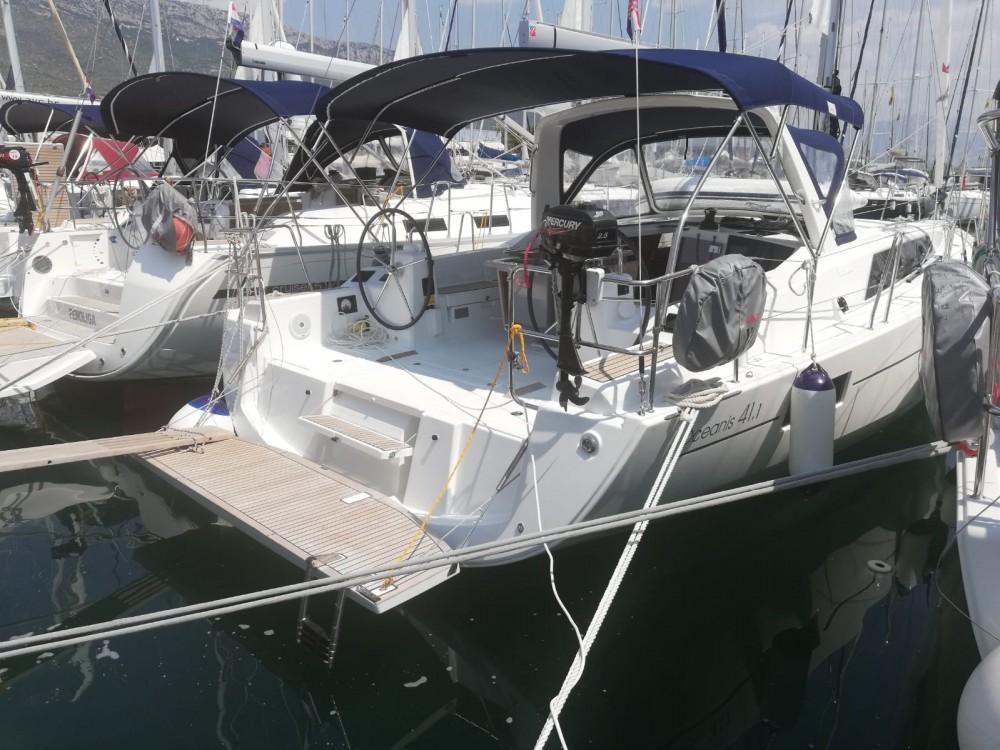 Rental Sailboat in Medulin - Bénéteau Oceanis 41.1