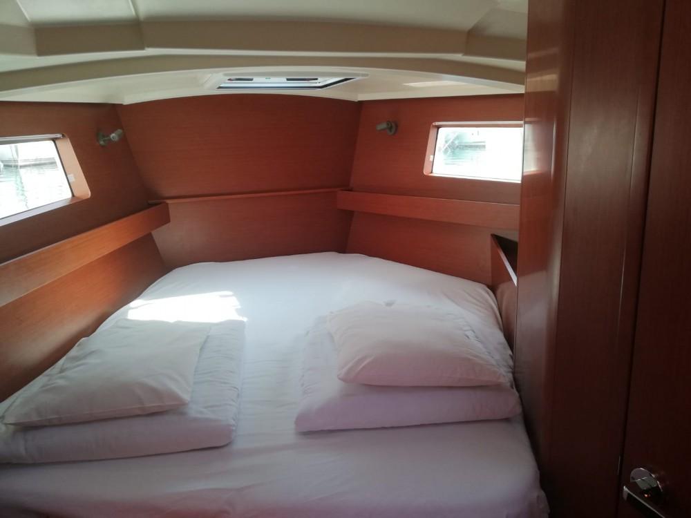 Boat rental Medulin cheap Oceanis 41.1