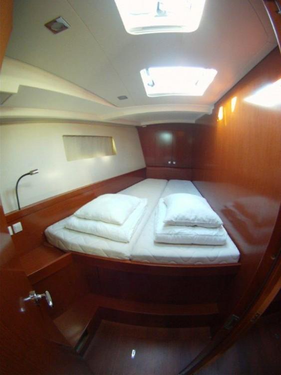 Rental yacht Kaštel Gomilica - Bénéteau Oceanis 45 on SamBoat