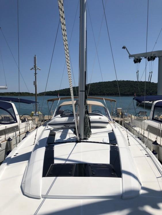 Rental Sailboat in Medulin - Bénéteau Oceanis 51.1