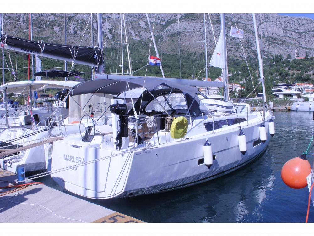 Rental yacht Komolac - Dufour Dufour 430 Grand Large on SamBoat