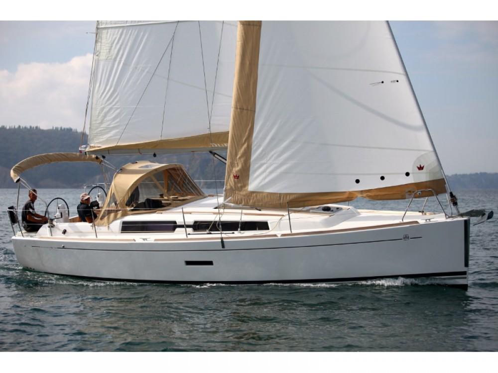 Rental Sailboat in Marmaris - Dufour Dufour 335 GL
