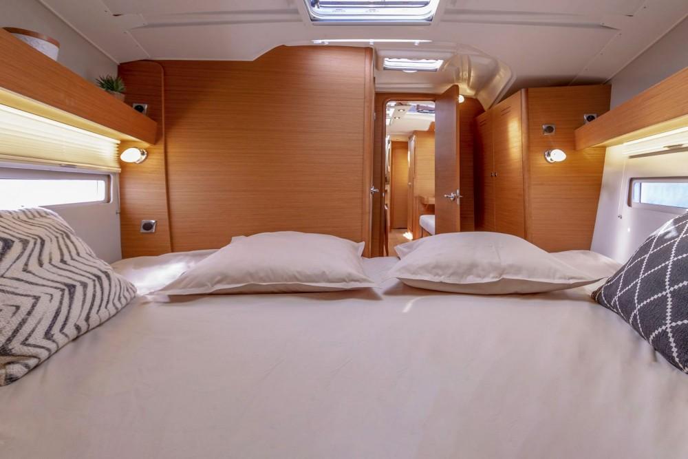 Rental yacht Marmaris - Dufour Dufour 390 GL on SamBoat