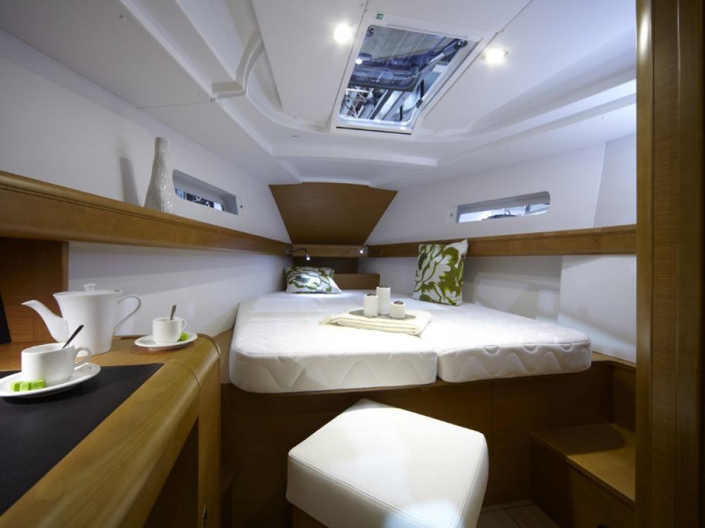 Rental yacht Marmaris - Jeanneau Sun Odyssey 439 on SamBoat