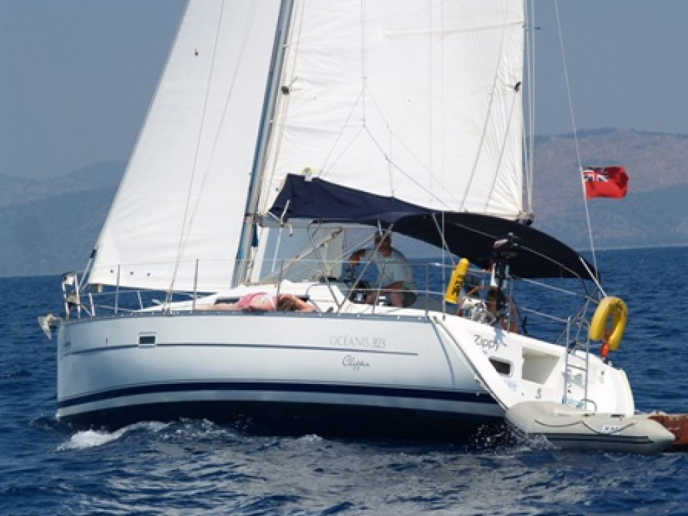 Bénéteau Oceanis 323 between personal and professional Fethiye