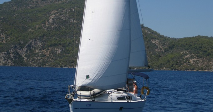 Rent a Jeanneau Sun Odyssey 32 i Fethiye