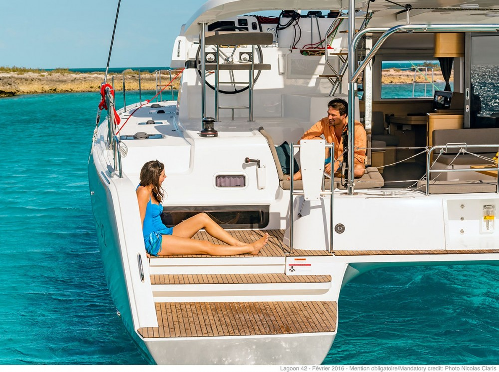 Rental Catamaran in Capo d'Orlando - Lagoon Lagoon 42 (A/C + WaterMaker)