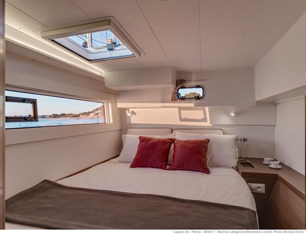 Rental Catamaran in Capo d'Orlando Marina - Lagoon Lagoon 40