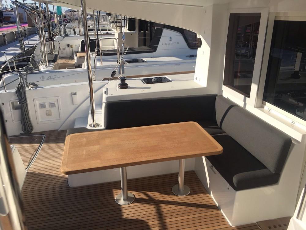 Rental yacht Capo d'Orlando Marina - Lagoon Lagoon 40 on SamBoat