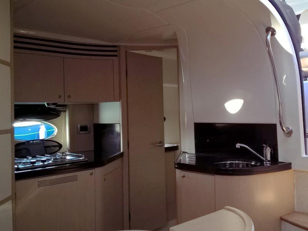Rental Motorboat in Pirovac - Elan Elan Power 35