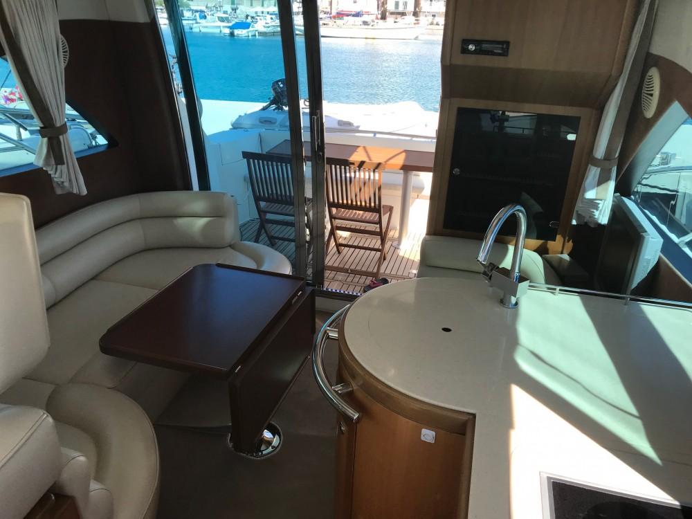 Rental Motorboat in Pirovac - Galeon Galeon 390 Fly