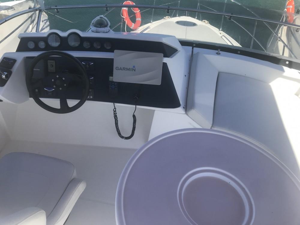 Boat rental Galeon Galeon 390 Fly in Pirovac on Samboat