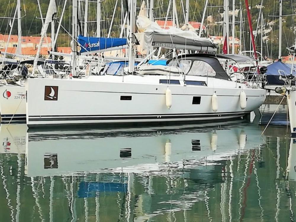 Rental Sailboat in Baška Voda - Hanse Hanse 445