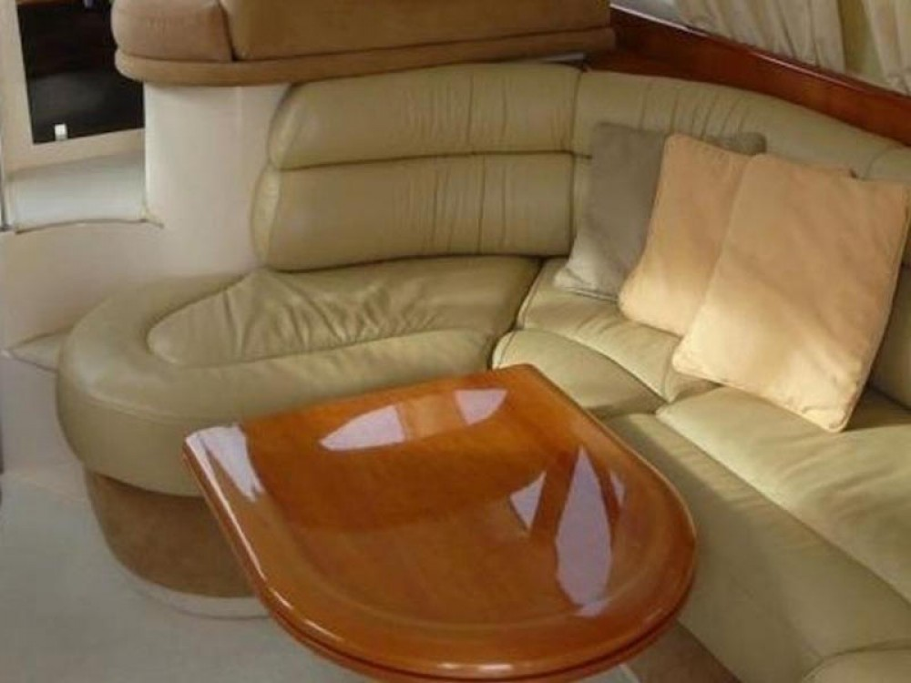 Rental Motor boat in Marina Pirovac - Azimut Azimut 39
