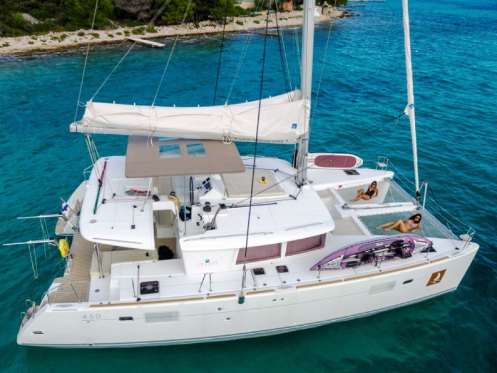 Hire Catamaran with or without skipper Lagoon Trogir