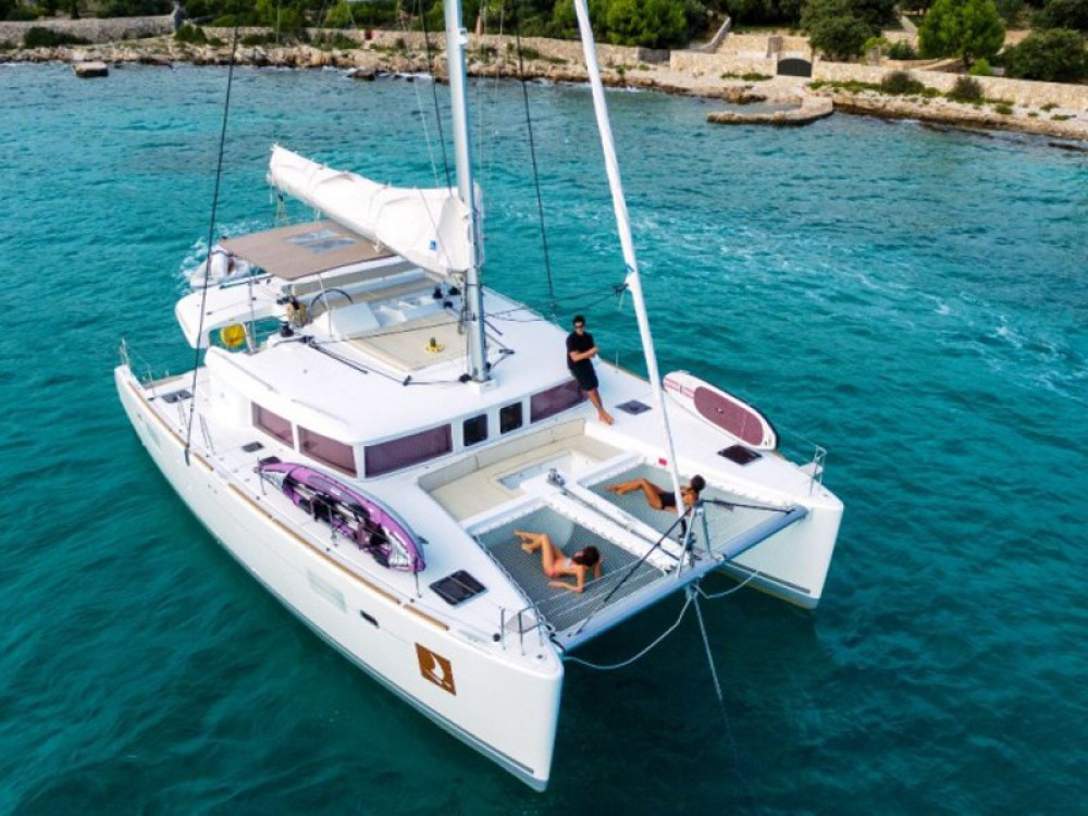 Lagoon Lagoon 450 Luxury between personal and professional Traù