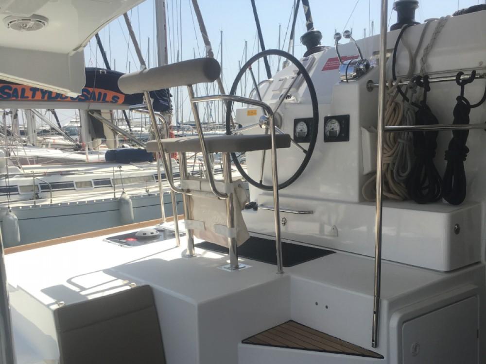 Rental yacht Álimos - Lagoon Lagoon 400 S2 on SamBoat