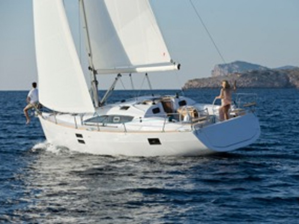 Sailboat for rent Hjellestad Marina at the best price