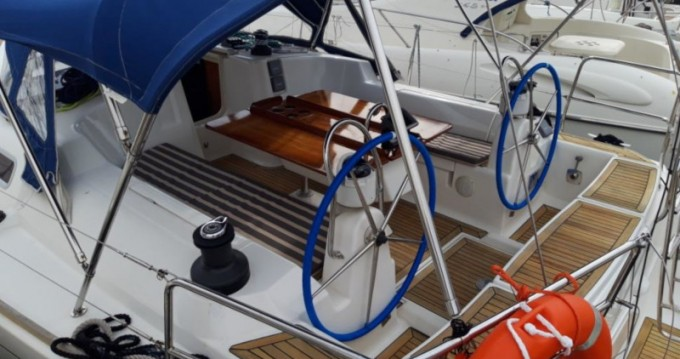 Boat rental Dufour Dufour 455 Grand Large in Split on Samboat