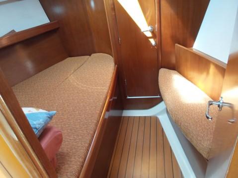 Rental yacht Split - Bénéteau Oceanis 393 Clipper on SamBoat