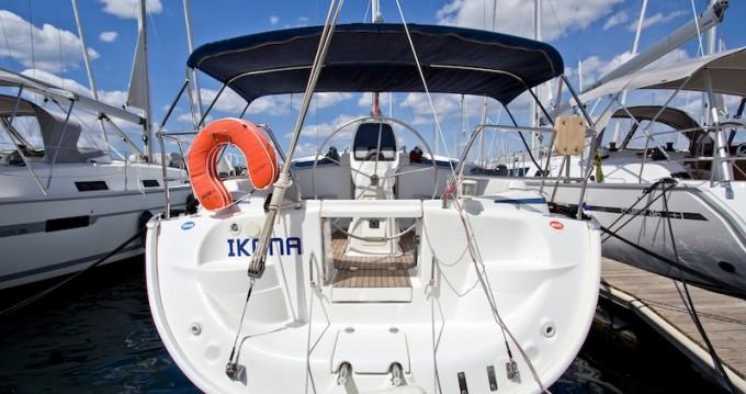Rental yacht Šibenik - Bavaria Bavaria 37 Cruiser on SamBoat