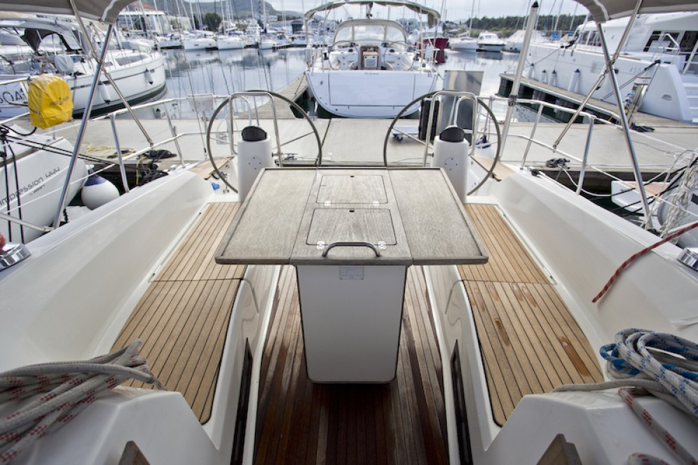 Rental yacht Šibenik - Bavaria Bavaria 40 Cruiser on SamBoat