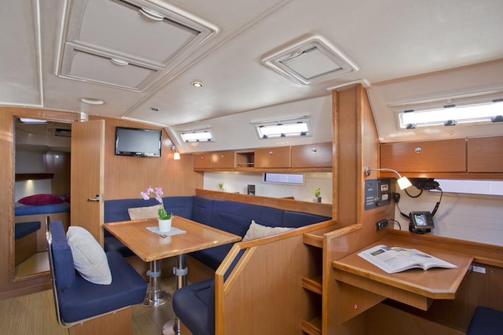 Boat rental Šibenik cheap Bavaria 40 Cruiser