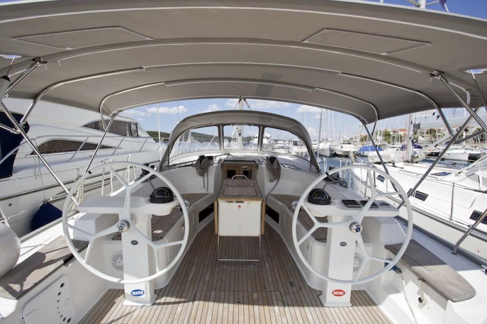 Boat rental Šibenik cheap Bavaria 45