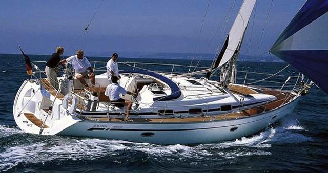 Boat rental Lefkas Marina cheap Bavaria 42